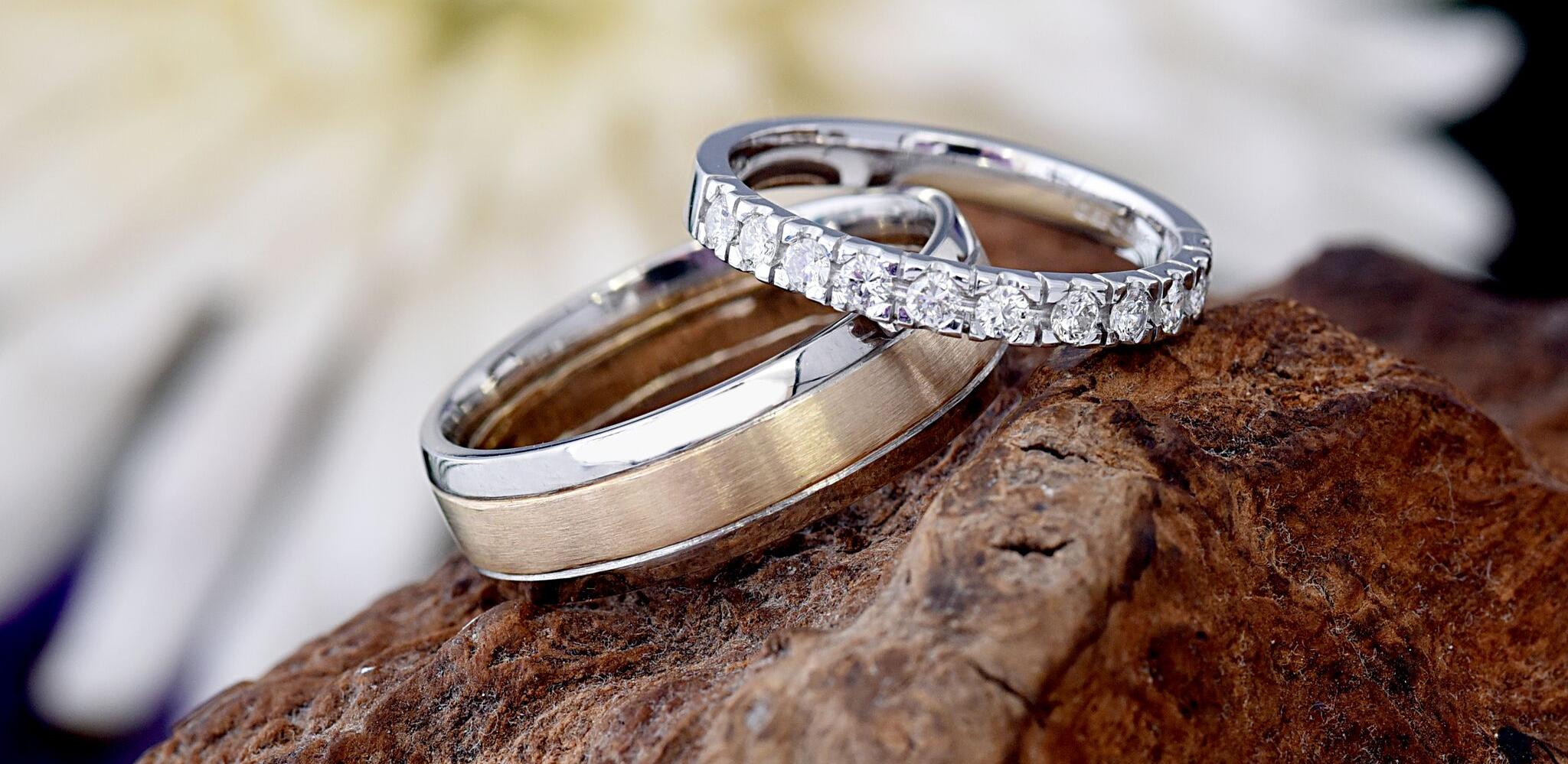 slide1-wedding-rings